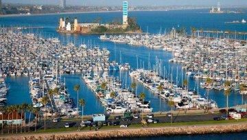 别老拿美国国土安全说事,中远海控提议将长滩码头交由美国信托管理