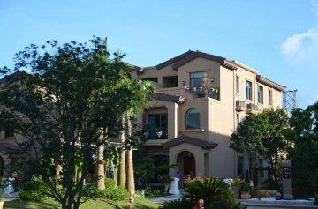 上半年房企合計銷售近5萬億 拿地總額、成本呈雙降