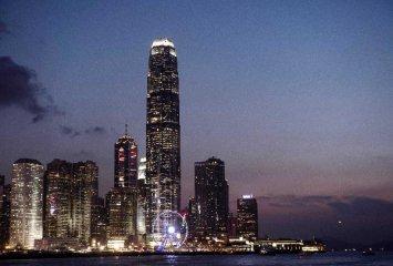 香港恒生指數低開1.44% 教育股集體重挫