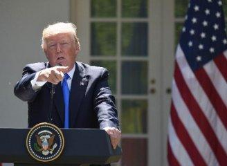 特朗普言辭激烈地批評美聯儲加息政策