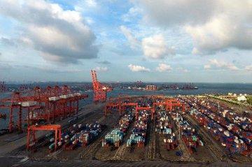 贸易紧张局势加剧削弱世界经济增长前景
