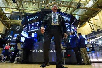 亞洲股市全面低開!美股昨夜暴跌正波及全球,19個熊市指標觸發14個