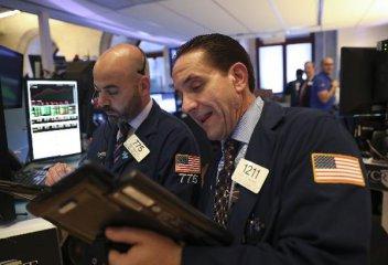 美股大幅反彈 業內仍擔憂利率升高風險