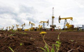 為何油價在短短六周內從四年高點跌至熊市區域