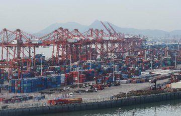 """美国贸易代表:明年3月1日是美中贸易协议的""""硬期限"""""""