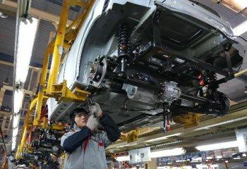 發展改革委有關負責人答記者問:取消汽車投資專案核准事項能創造更好政策環境