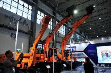 贵州将推动先进装备制造等十大产业发展