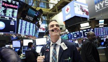 美股暴涨 道指史上首次涨超千点 业内称市场不确定性依然存在