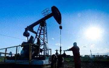 國際油價狂飆近9%收復節前暴跌失地