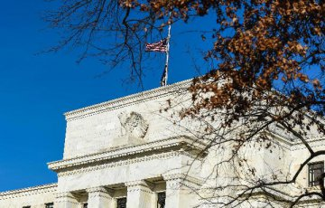 FOMC會議紀要顯示美聯儲對加息有耐心 美元跳水