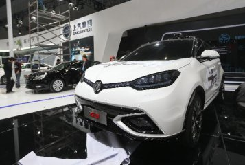 苗圩:正抓緊研究制定今年新能源汽車補貼政策