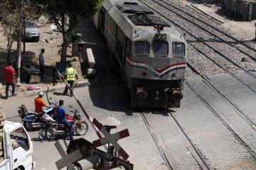 中埃签署埃及首条电气化铁路贷款协议