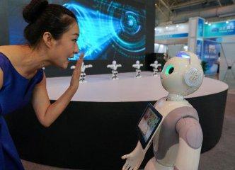 全球化4.0: 机器人抢了人类的饭碗,人类该咋整