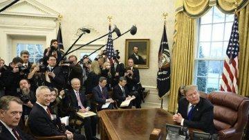 特朗普宣佈將推遲3月1日上調中國輸美商品關稅的計畫