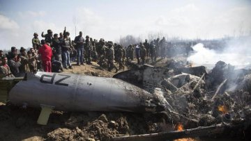 巴基斯坦军方称击落两架侵入巴领空的印度军机