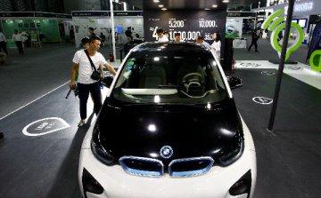 德国拟投600亿欧元发展电动车和自动驾驶