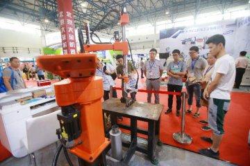 中国3月份制造业PMI重回扩张区间