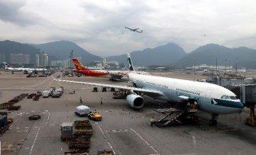 """香港国际机场连续第十次登顶""""世界十佳机场"""""""