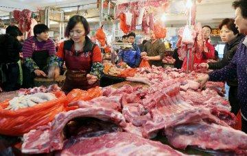 中国商务部:经贸摩擦升级必然干扰企业进口美猪肉