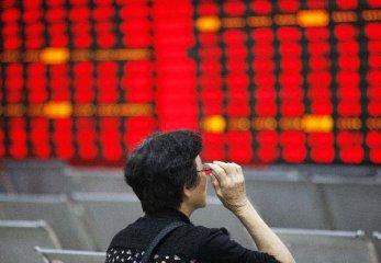權重股爆發 滬指站上2900點 創業板漲逾3%