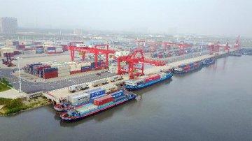 中國上半年外貿增長3.9% 電動載人汽車出口接近翻番