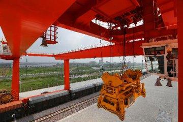 中欧班列(重庆)上半年累计开行超800班
