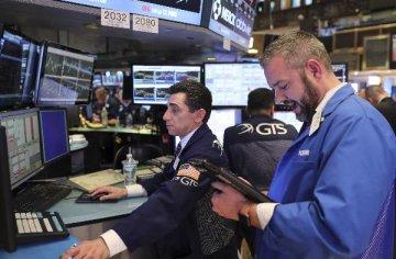 美三大股指均跌超1% 业内称美国经济衰退风险上升