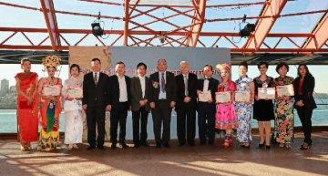 中国丝绸及海派旗袍国际文化交流澳大利亚系列活动在悉尼歌剧院落下帷幕