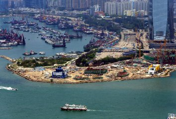 資料顯示:香港上半年經濟狀況為2009年衰退以來最弱