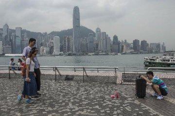 """""""如果暴力示威持续,香港旅游业下半年情况不容乐观""""--访香港姚思荣"""