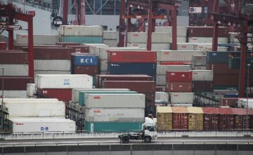 香港貿發局料明年出口貨值下跌2%
